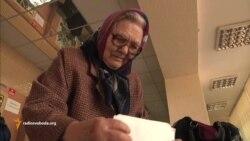 Пенсіонери Луганська голодують, але оплачують комунальні послуги