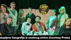 """Jelica sa kolegama gradskog teatra """"Talija"""" u Novom Travniku"""
