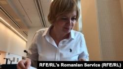 Jurnalista Emilia Șercan este specializată în cercetarea tezelor de doctorat ale demnitarilor.