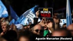 Protesti u Buenos Airesu protiv vraćanja MMF-a u Argentinu