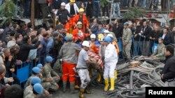 Пошукові роботи на шахті тривають, 14 травня 2014 року