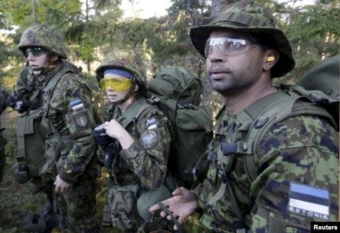 Militari estoni.