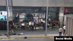 Взрывы прозвучали близко к воротам аэропорта