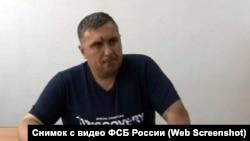Евгений Панов после задержания, архивное фото