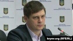 Ukraina informatsion siyaset naziriniñ keñeşçisi Sergiy Kоstinskıy