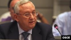 Анвар Азимов, посол по особым поручениям МИД России. Вена, 28 августа 2008 года.