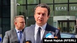Kurti u razgovoru sa novinarima posle susreta sa Vučićem, Brisel (19. jul 2021.)
