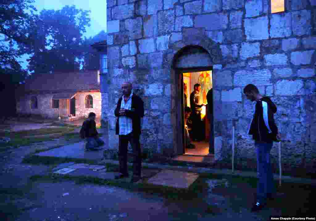 At the base of the pillar is a chapel named after St. Simeon, the first stylite. The men who have come to find help for their problems are required to pray for around seven hours each day if they wish to stay at the religious community.