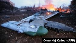 Обломки российского Су-25 в районе села Масеран, провинция Идлиб. 3 февраля 2018 года.