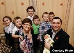 Светлана Давыдова, ее дети и муж