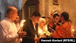 Венчание в грузинской церкви в городе Мцхета. 27 июня 2013 года. Иллюстративное фото.