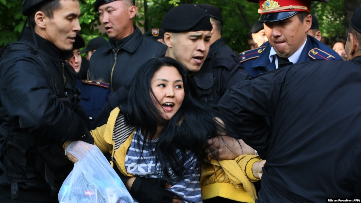 Kazakh Courts Start Issuing Jail Sentences Against May Day Protesters