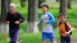 Маленький марафонец удостоился медали