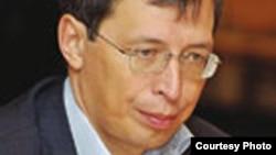 Ораз Жандосов, «Ракурс» экономикалық талдау орталығының директоры.