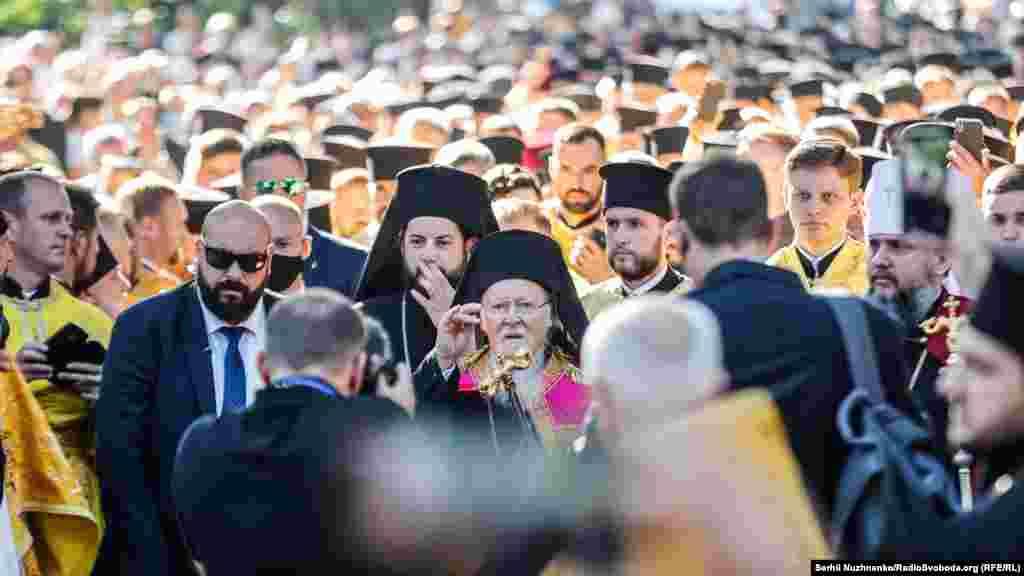 Патріарх Варфоломій відвідав Україну вже втретє. Увересні 1997 року він побував в Одесі, а в липні 2008 року – здійснив візит до Києва
