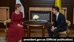 Президент Естонії Керсті Кальюлайд (л) та президент України Володимир Зеленський (п) в Києві, 13 вересня 2019 року