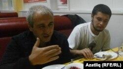 Элшад Абдуллаев һәм Дмитрий Степанов (у)