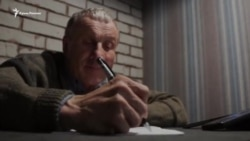 Николай Семена написал Всеукраинский диктант в Крыму (видео)