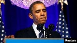 АҚШ президенті америкалықтардан кешірім сұрап тұр. Вашингтон, 4 қараша 2013 жжыл.
