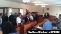 6 адам терроризм айыбымен сотталған процесс. Астана, 14 тамыз 2013 жыл.