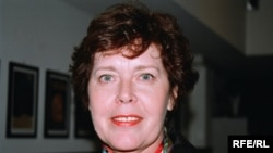 """Софья Корниенко: «За написание книги Сильвия Кристель села, по ее словам, ради сына Артура, чтобы он знал — """"кто она на самом деле""""»"""