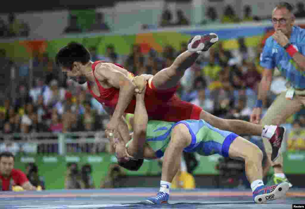 Жыйынтыгында өзбекстандык Элмурат Тасмурадов 13:8 эсебинде жеңишке жетип Олимпиада оюндарынын коло медалын тагынды