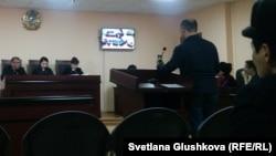 Заседание апелляционной коллегии по рассмотрению жалобы гражданского активиста Махамбета Абжана. Астана, 9 января 2018 года.