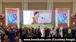 Türkmenistanyň döwlet telewideniýesinde 17-nji martda görkezilen programmadan pursat
