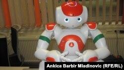 Хорватиялык илимпоздор жасаган робот Рене.