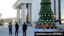 Туркменистан готовится к новому году, Ашхабад