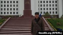 Правозащитник Чуян Маматкулов.