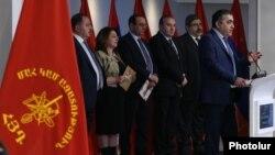 Daşnaksutyun partiyasının liderləri (Foto arxivdəndir)