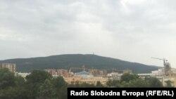 Илустрација - Поглед од Скопје кон планината Водно
