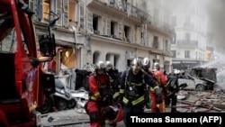 На місці вибуху в центрі Парижа
