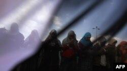 Антиправительственная молитва на площади Тахрир
