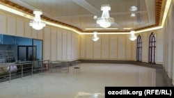 Buxorodagi Mir Arab madrasasi xonalaridan biri ta'mir paytida