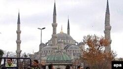 به گفته پليس ترکيه، شبکه القاعده قصد داشته در شهرهای استانبول، آنکارا و آنتاليا عمليات تروريستی انجام دهد.