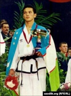 Elmurod Nuroxunov