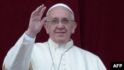 Vatikan - Papa Françesku