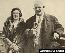 Грэнвил Вудхауз с дочерью Леонорой, 1930 год