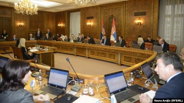 Članovi Vlade Srbije na sastanku sa predsednikom Tomislavom Nikolićem, 9. januar 2013.