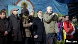 Олександр Турчинов виступає на Майдані, 26 лютого 2014 року
