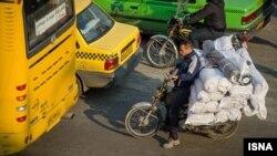 موتورسیکلتها در تهران به خودروهایی مانند تاکسی و وانتبار و در برخی موارد مینیبوس تغییر کاربری دادهاند.