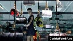 Бутик Louis Vuitton в Шанхае больше по площади, чем на Елисейских полях