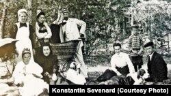 Матильда Кшесинская с друзьями, 1911 год