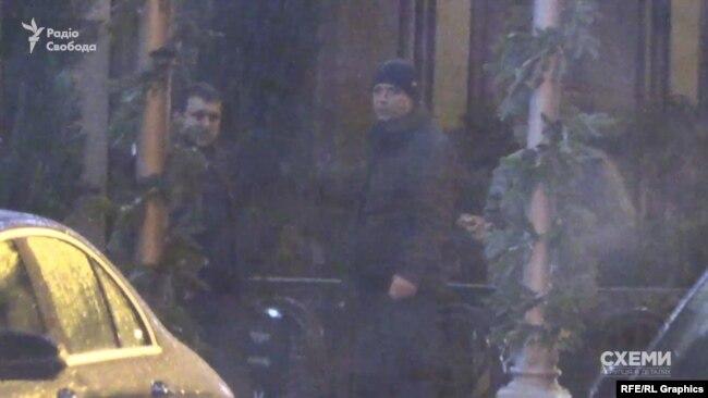 Автівку знімальної групи помітили водій Богдана та охоронець Коломойського