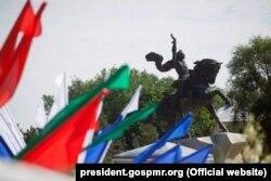 Пам'ятник Суворову у Тирасполі, невизнаній Молдовській республіці Придністров'я