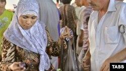 Ташкен базарындагы мусулман аял
