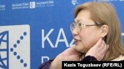 Журналист Розлана Таукина. Алматы, 14 сәуір 2014 жыл.