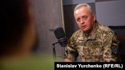 Українські військові не змогли перекрити бойовикам шляхи відходу зі Слов'янська, розповів Віктор Муженко